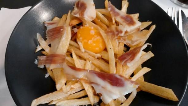 Mariantonieta food bar in sevilla restaurant reviews for Food bar t zone