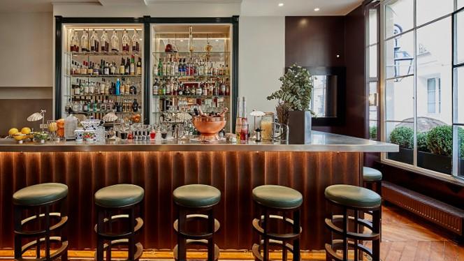 Bar - Jòia par Hélène Darroze, Paris