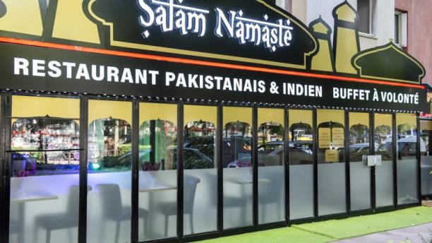 Salam Namaste Devanture