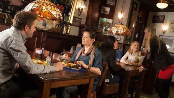 Eetcafe De Blauwe Engel In Hengelo Restaurant Reviews Menu