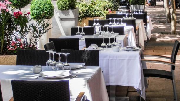 El Gran Barril In Madrid Restaurant Reviews Menu And