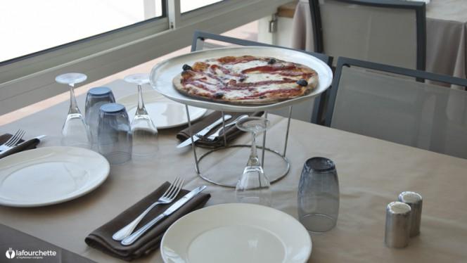 Table dressée - Chez Aldo, Marseille