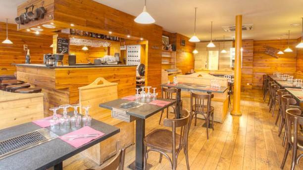 restaurant les fondus de la raclette parmentier paris 75011 r publique p re lachaise. Black Bedroom Furniture Sets. Home Design Ideas