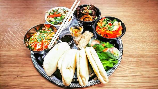 Mandala Le plateau bao wok (version végétarienne disponible)