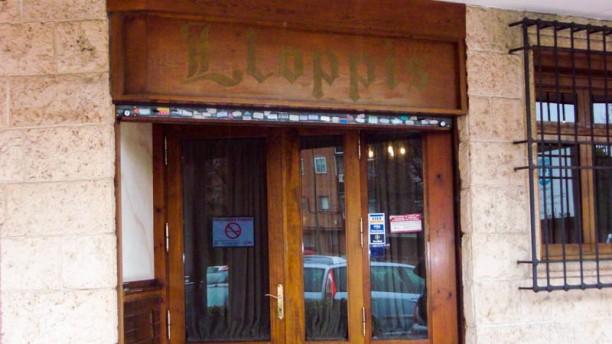 Asador Llopis La entrada