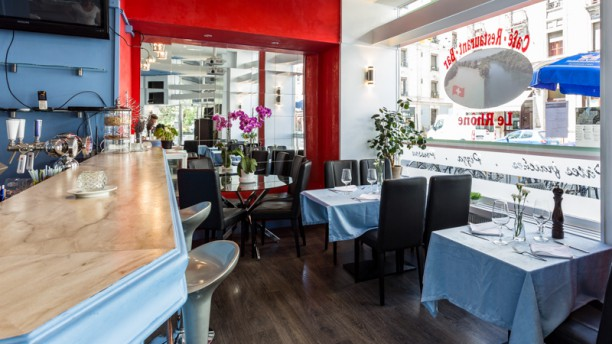 Le Rhône Salle du restaurant