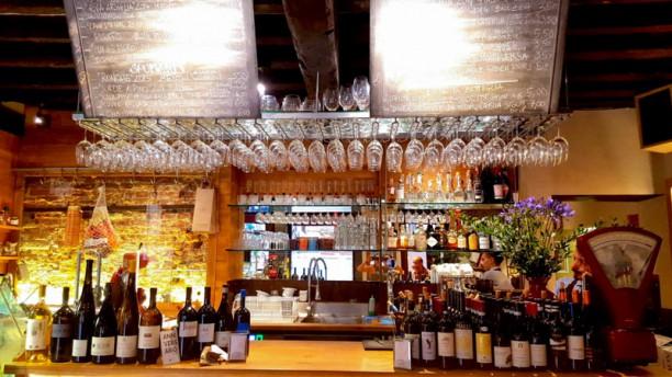 Estro Vino e Cucina Sala del ristorante