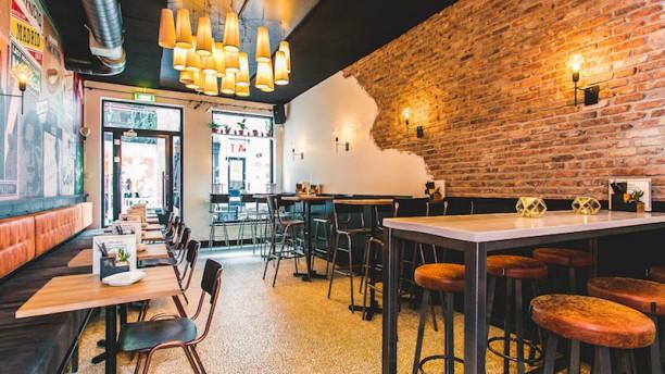 Barzza Restaurant