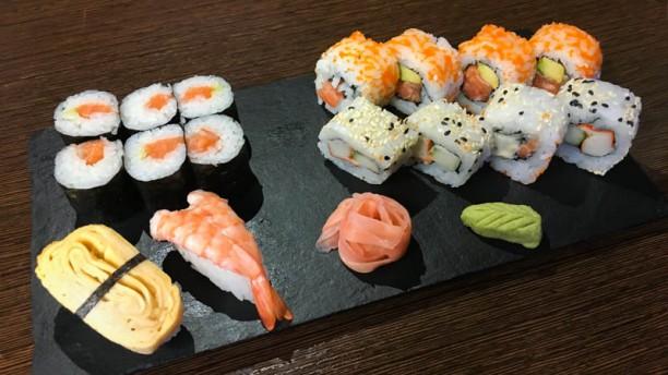 4 Naciones Sushi