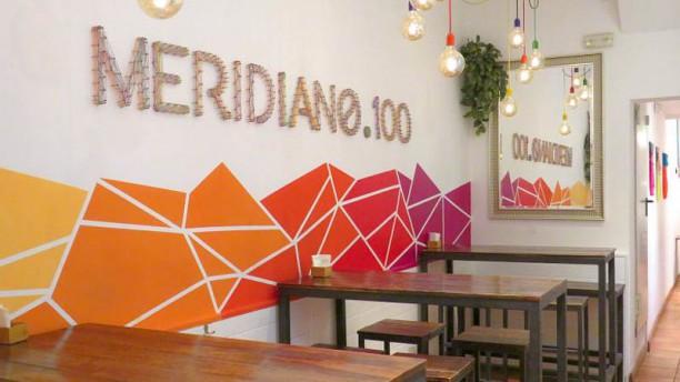 Meridiano 100 Vista sala