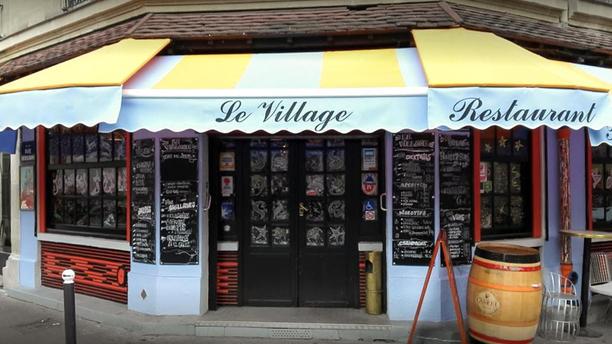 Le Village Devanture