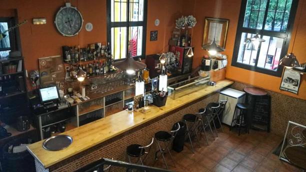 Bar Castilla Vista interior de la zona de la barra