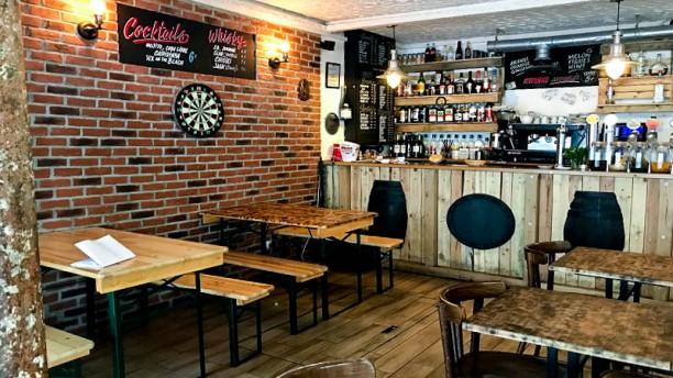 Le Milord Le Bar et la salle