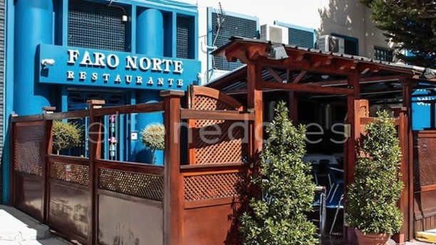 Faro Norte Vista entrada