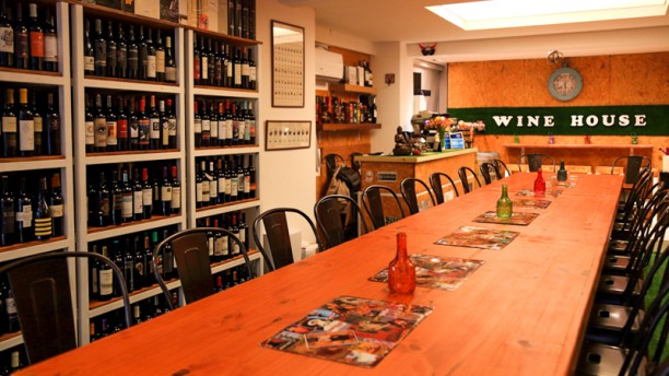 La Cava de Vittorio Wine House Sala