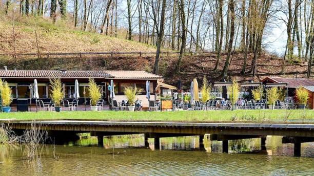 Le chalet du lac restaurant route de briey 54700 pont for Piscine pont a mousson horaires