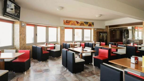 Meia Laranja Restaurante Marisqueira Vista da sala