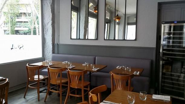 Café Saint-Amour Vue de la salle