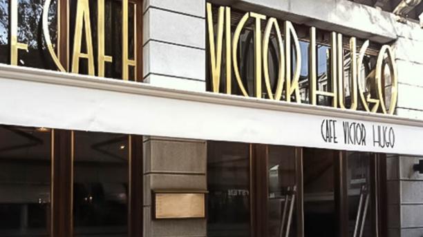 Café Victor Hugo exterieur