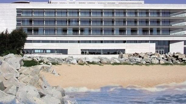 María Galante - Hotel Balneario Colón Vista de la fachada del hotel