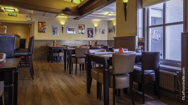 Hotel Eetcafé van Ee 1