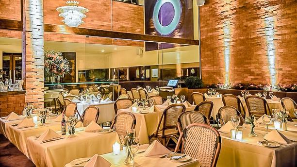 Le Bilboquet Gastronomia francesa com toque nova iorquinho no coração de São Paulo.