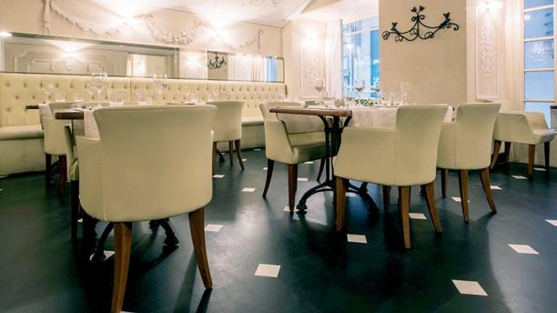 Au Café La sala