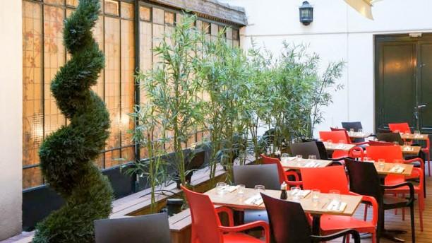 Café Moderne Terrasse