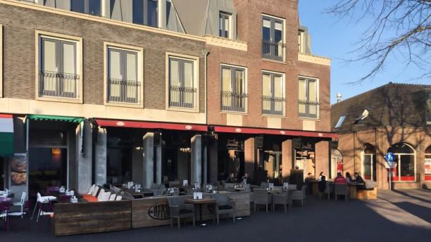Hudson Bar & Kitchen Noordwijkerhout Ingang