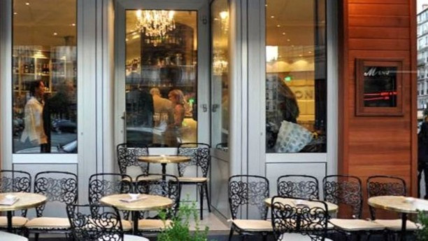 Café le Baron Devanture