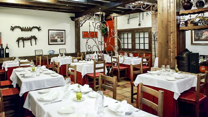 Vista sala - Parrilla Albarracín, Zaragoza