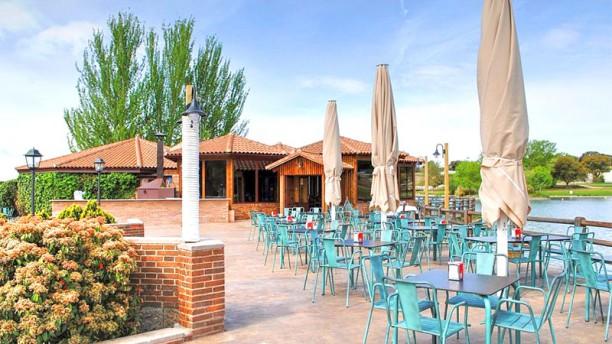 El Lago De Boadilla In Boadilla Del Monte Restaurant