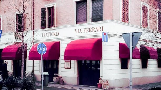Trattoria Via Ferrari La entrata