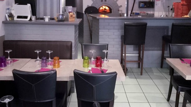 la calypsia restaurant 25 avenue de la r publique 92120 montrouge adresse horaire. Black Bedroom Furniture Sets. Home Design Ideas