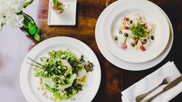 Lake s restaurante em bras lia pre o endere o menu e for Odette s restaurant month
