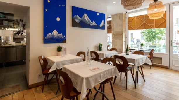 Le Petit Café du Pain Journel 100% bio salle