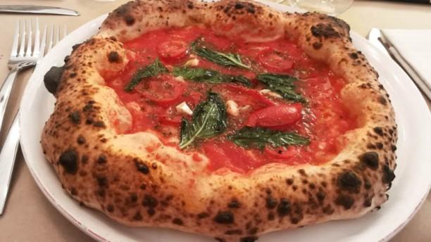 Taverna Luciana Cucina Napoletana E Pizzeria Suggerimento dello chef