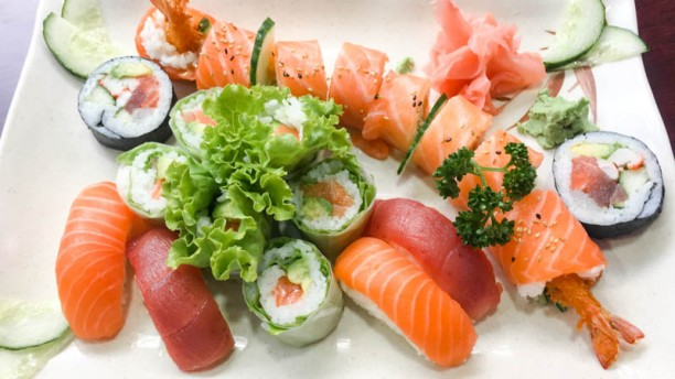 Gintoki Assortiment de sushi et de maki