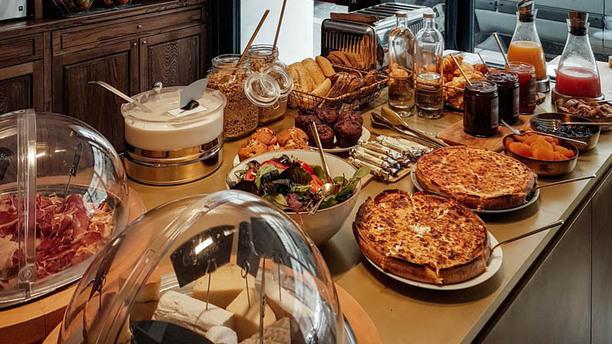 restaurant coq hotel paris paris 75013 place d 39 italie. Black Bedroom Furniture Sets. Home Design Ideas