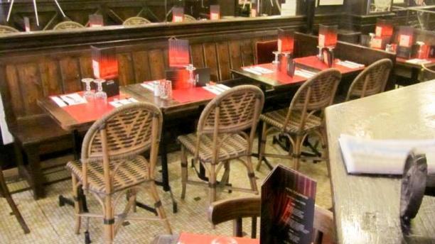 La Taverne de l'Olympia Vue salle