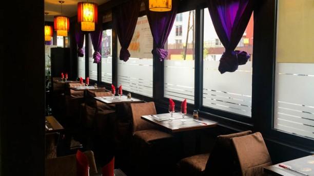 Le new yoshi restaurant 58 rue mile zola 95870 bezons for Garage des barentins 95870 bezons