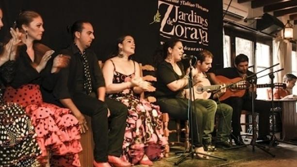 Flamenco en Vivo - Jardines de Zoraya Vista espectáculo
