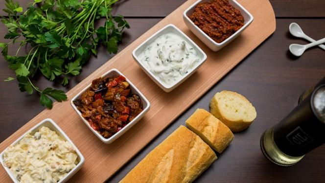 Mix tappas - Istanbul Cafe en Restaurant, Nijkerk