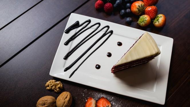 RedVelvet Cake - Istanbul Cafe en Restaurant, Nijkerk