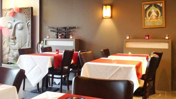 Sushi King Zoersel salle