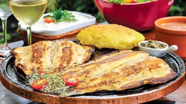 Dona Chica Restaurante Truta grelhado com alcaparras