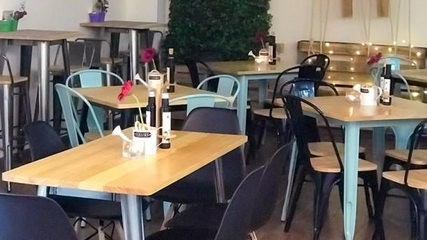 The hashtag cafe Vista del interior
