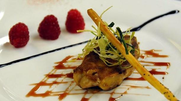 L'Ambroisie Escalope de foie gras aux framboises