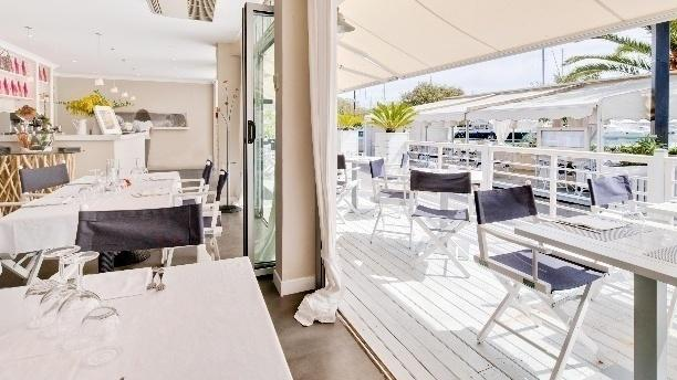 port garavan restaurant 9 boulevard de garavan 06500 menton adresse horaire. Black Bedroom Furniture Sets. Home Design Ideas