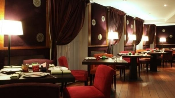 Restaurant la salle manger h l ne darroze in paris menu review price and booking - Restaurant helene darroze paris ...